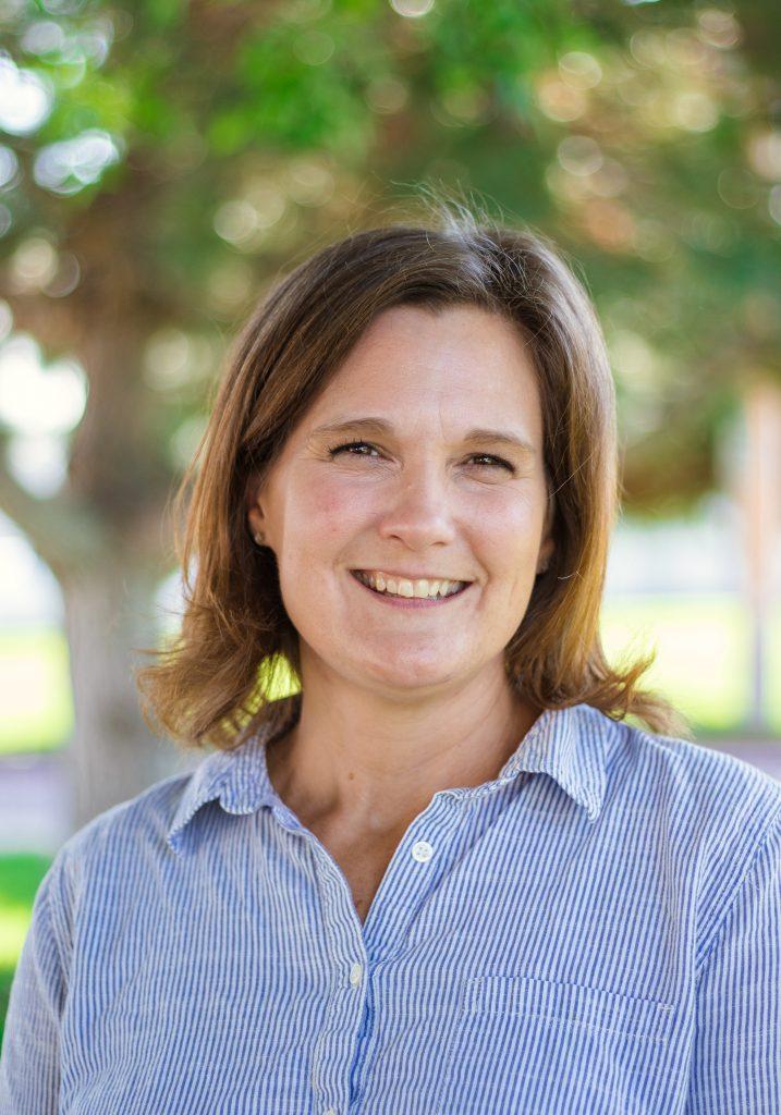 FSB Faculty and Staff - Kristen Hollopeter